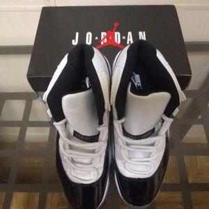 Air Jordan 11 Concord Men's Size 12